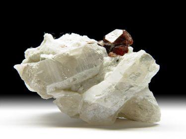 Granat-Var. Spessartin, Albit, Quarz
