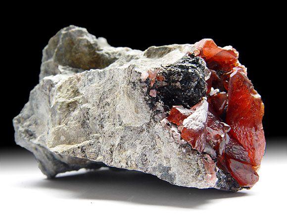 Rhodochrosit (Manganspat), Manganoxid, Bergkristall
