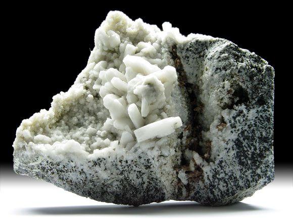 Albit-Var. Periklin (Feldspatgruppe), Brookit