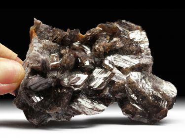 Axinit-(Fe) (Ferro-Axinit)