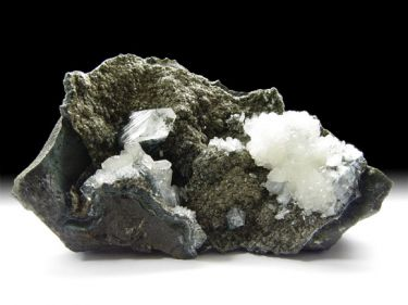 Apophyllit-(KF), Stilbit-Ca, Julgoldit-(Fe)