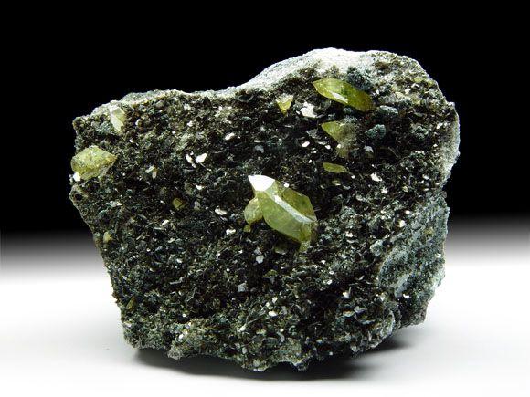 Titanit (Sphen), Biotit