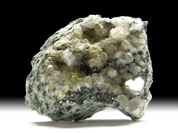 Titanit (Sphen), Calcit, Orthoklas-Var. Adular, Chlorit