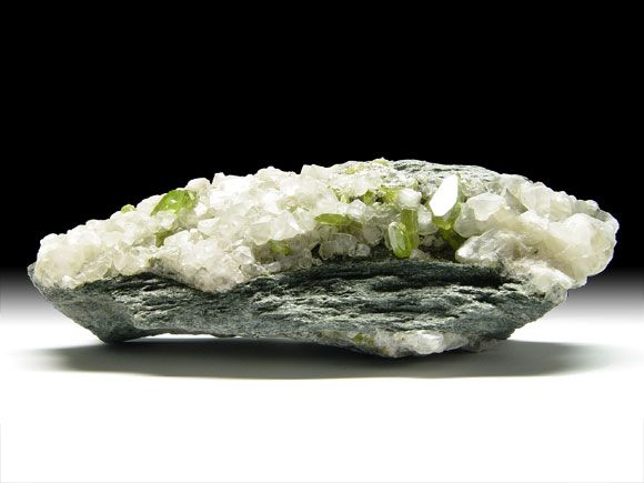 Titanit (Sphen), Calcit